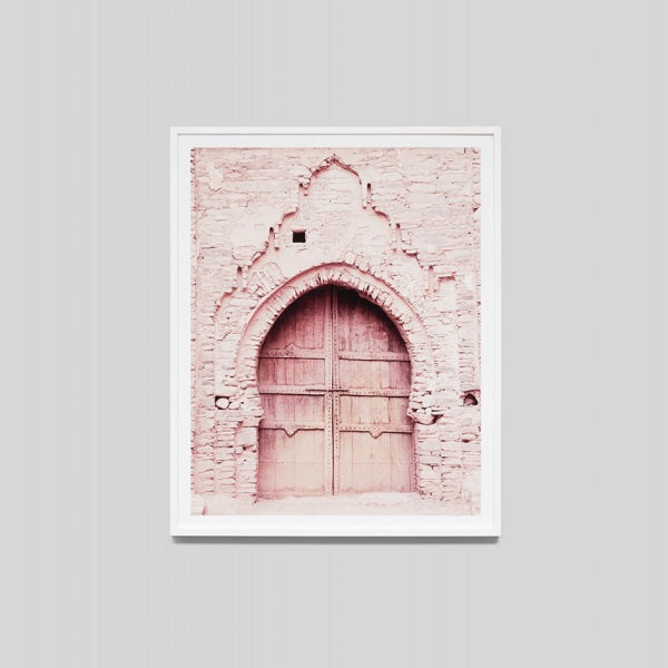 Middle of Nowhere | Pink Door 4