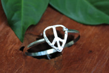 Load image into Gallery viewer, Peace & Love Bracelet