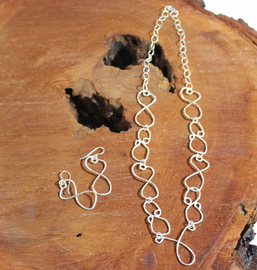 Large Infinity Necklace Set