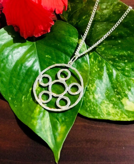 Friendship Circle Pendant