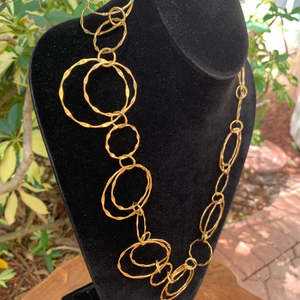 Gold Tone Hammered Circles Light Weight Necklace