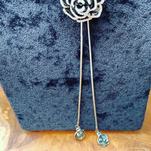 Load image into Gallery viewer, Black Flower Sliding Lariat Necklace