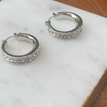 Load image into Gallery viewer, Silver Tone Hoop Earrings with Crystals