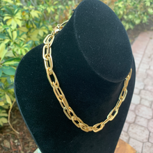 Load image into Gallery viewer, Gold Tone Paper Clip Link Necklace