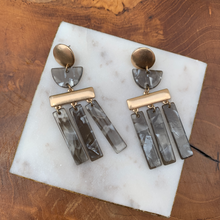 Load image into Gallery viewer, Matte Gold Tone with Acrylic Gray Shapes Earrings