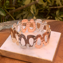 Load image into Gallery viewer, Tri Color Hammered Stretch Bracelet