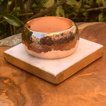 Load image into Gallery viewer, Copper Tone Textured Hinged Bracelet