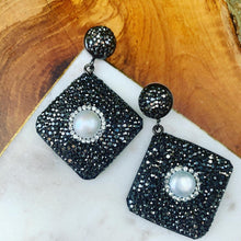 Load image into Gallery viewer, Hematite and Pearl Diamond Shape Drop Earrings