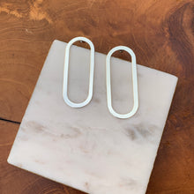 Load image into Gallery viewer, Silver Tone Open Oblong Earrings