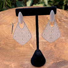 Load image into Gallery viewer, Matte Silver Tone Cut Out Drop Earrings
