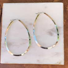 Load image into Gallery viewer, Gold Tone Oval Hoop Earrings