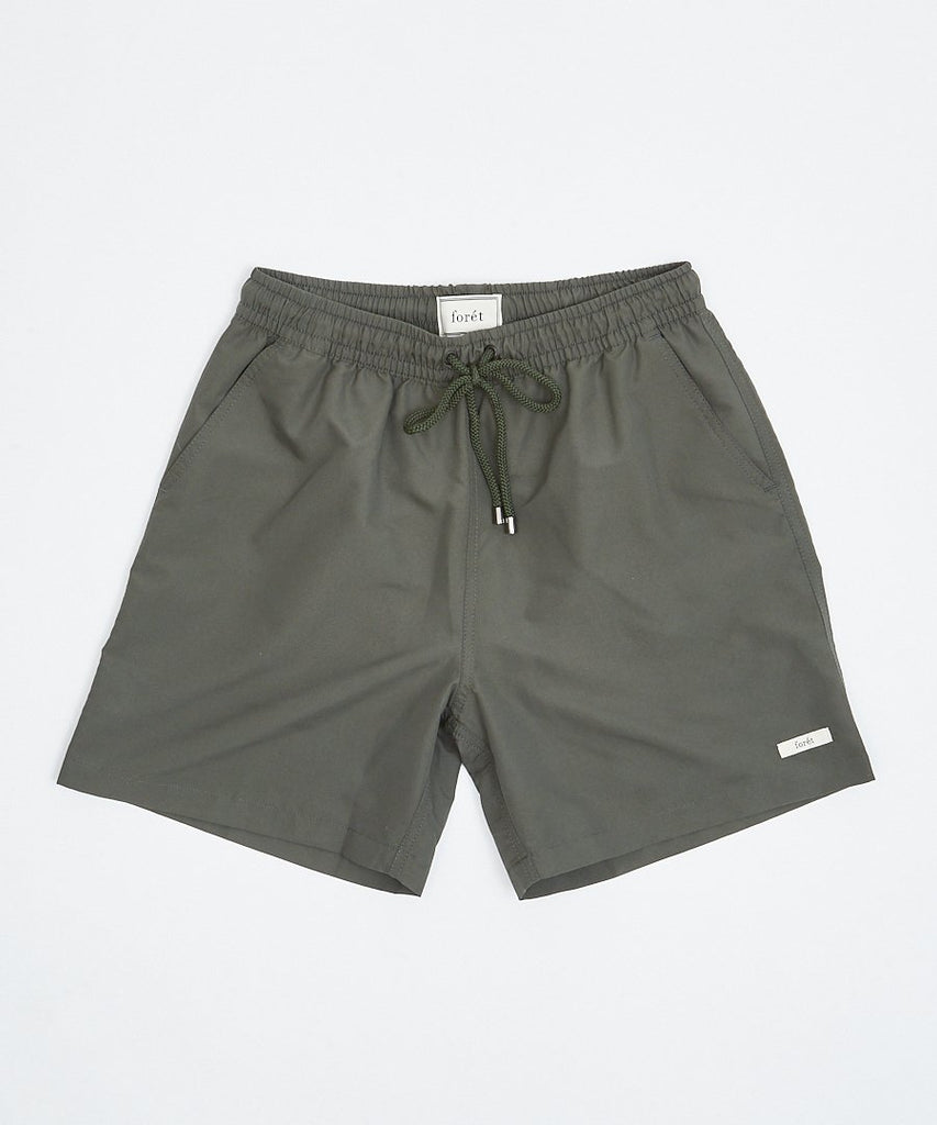 Swan Shorts Olive from forét | UDSOLGT | Packyard
