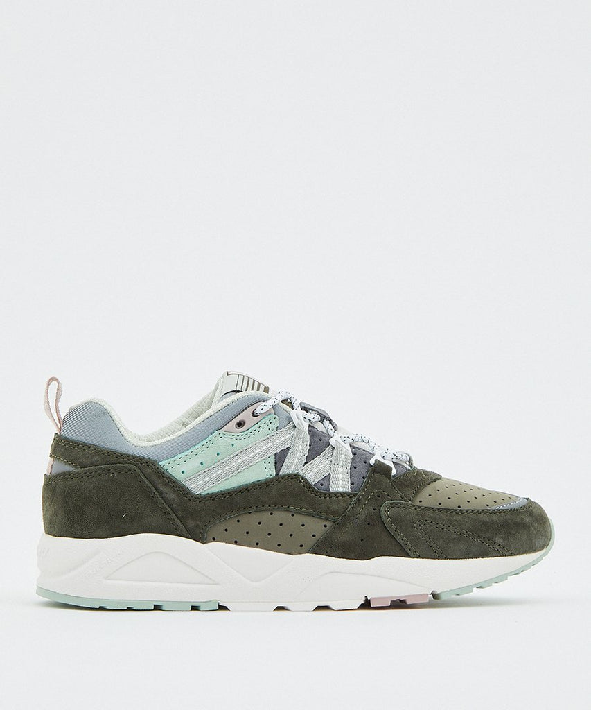 Fusion 2.0 Forest Green Aqua Gray from Karhu | sneakers | Packyard