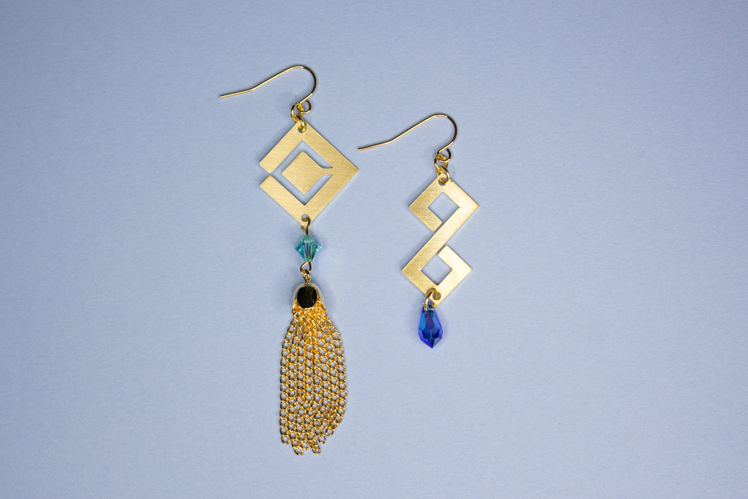 Thunderous Tide Earrings (PREORDER)