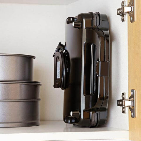 Square Waffle Maker easy to store and keep clean