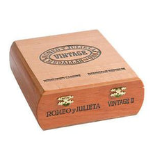 Load image into Gallery viewer, Romeo Y Julieta Vintage