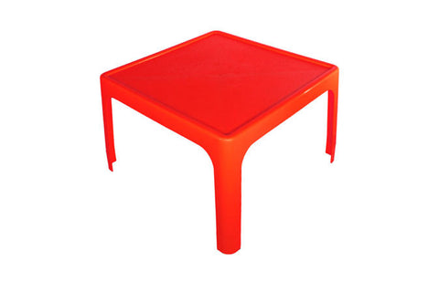 Table Red
