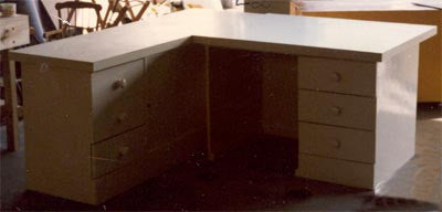 Desk With Formica Top