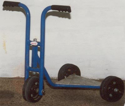 Pan Scooter 3 Wheel-Deluxe-H/D Wheels - Blue