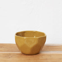 Load image into Gallery viewer, Elin Faceted Bowl