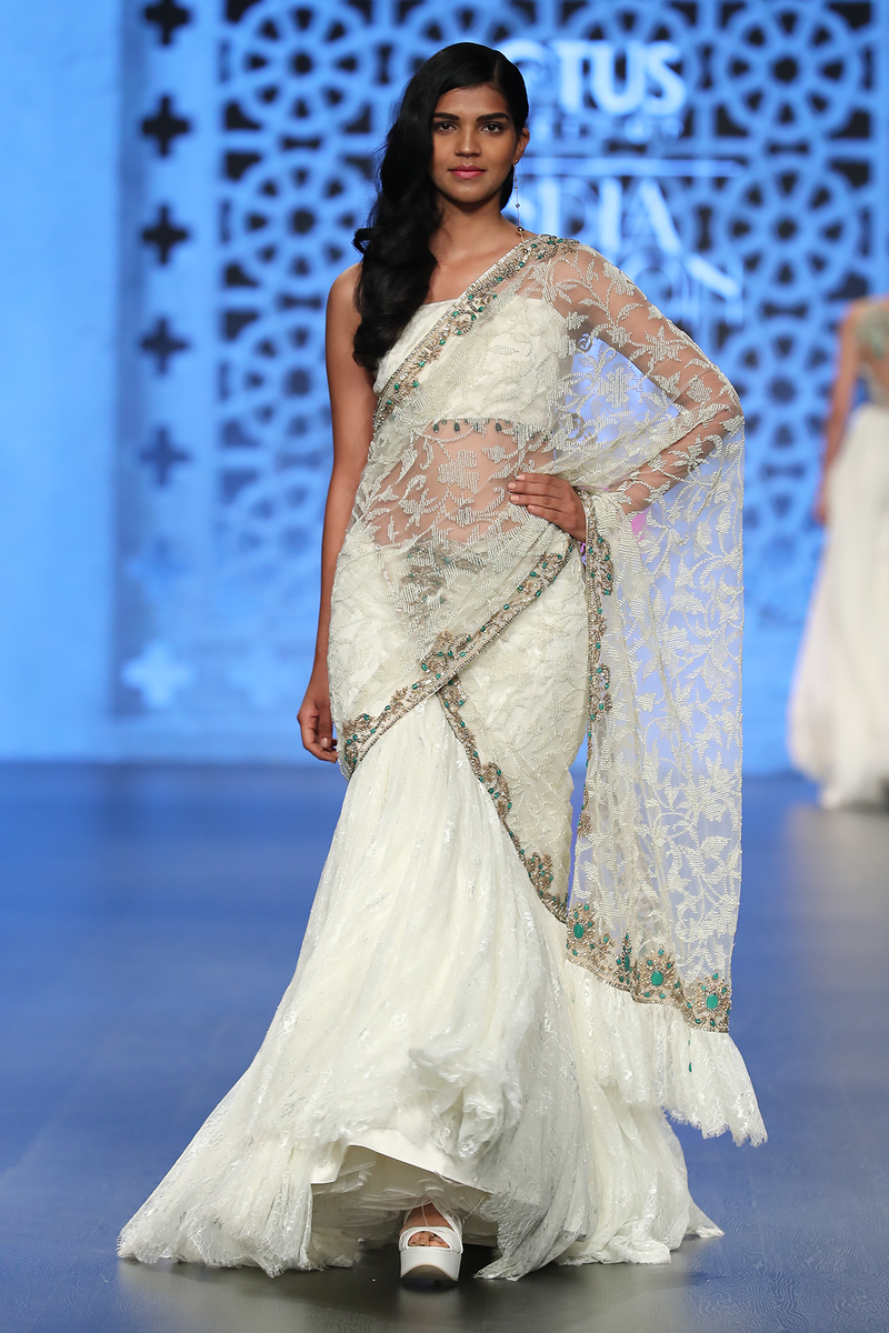 Ivory Net Fully Hand Embroidered Drape W. Lace Lehenga Saree/Lace Crino Petticoat Lace Bustier With Emerald Tassles