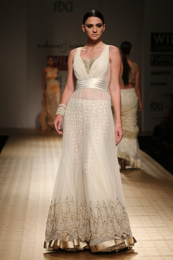Ivory Lace Border with Net Poof with Beaded Hakoba Churi Trouser Gown