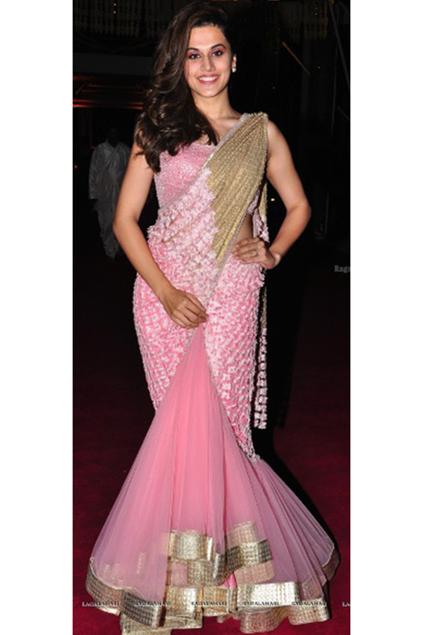Tapsee Pannu In 3D Flower Lehenga Sari Set