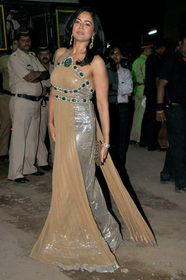 Sameera Reddy In Gold Gown