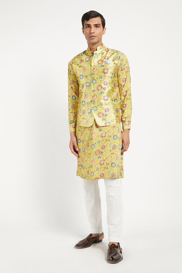 MENS KURTA BUNDI WITH CHURIDAR SET