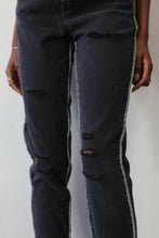 Load image into Gallery viewer, Jogger Style Denim W/ Exposed Seam