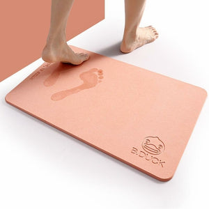 Water absorbent and quick-drying mat