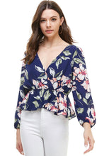 Load image into Gallery viewer, Floral Peplum Hem Blouse