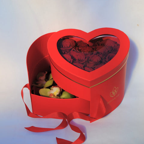 Valentine's Day Heart Box of Roses