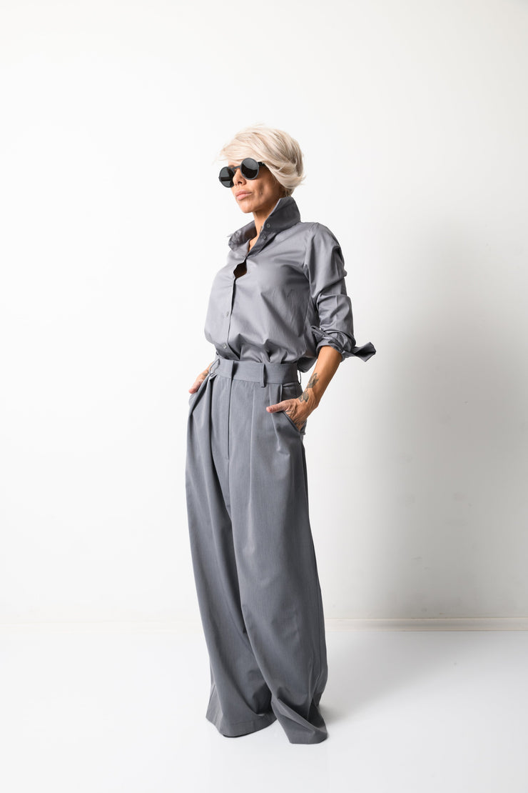 Clothes By Locker Room - Women Classic Grey Shirt with long Sleeves
