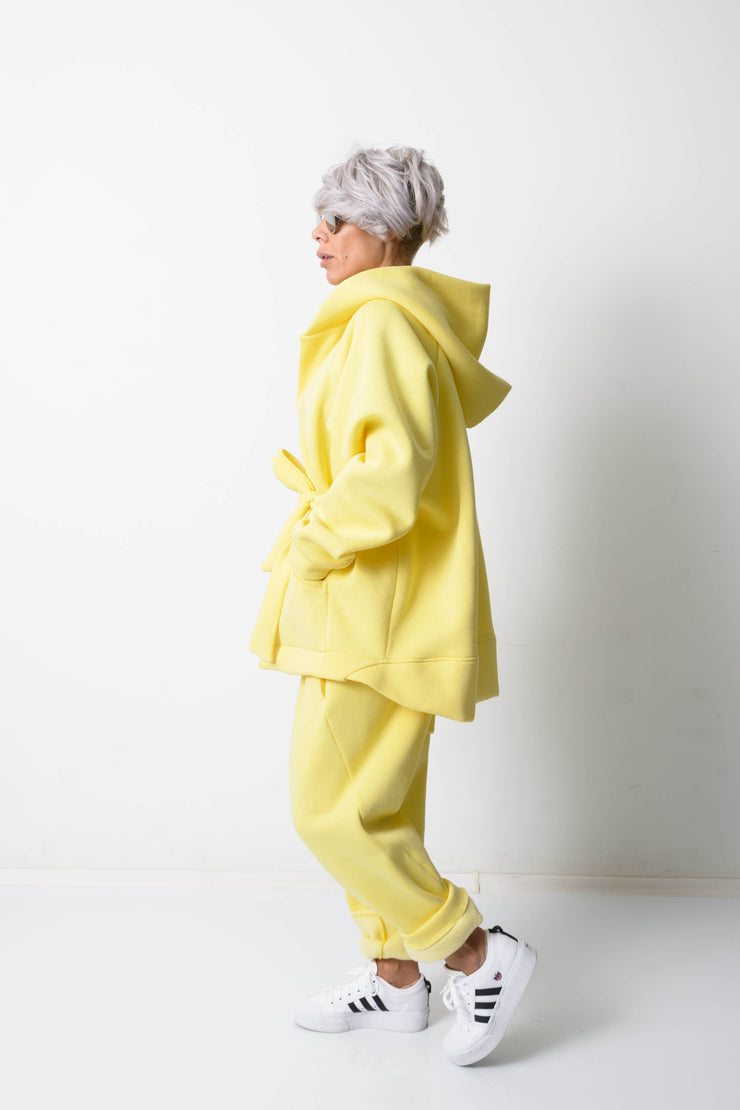 Clothes By Locker Room - Yellow Warm Oversized Quilted Hoodie with Long Sleeves