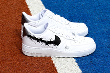 Afbeelding in Gallery-weergave laden, NIKE Air Force 1 '07 Black Shark