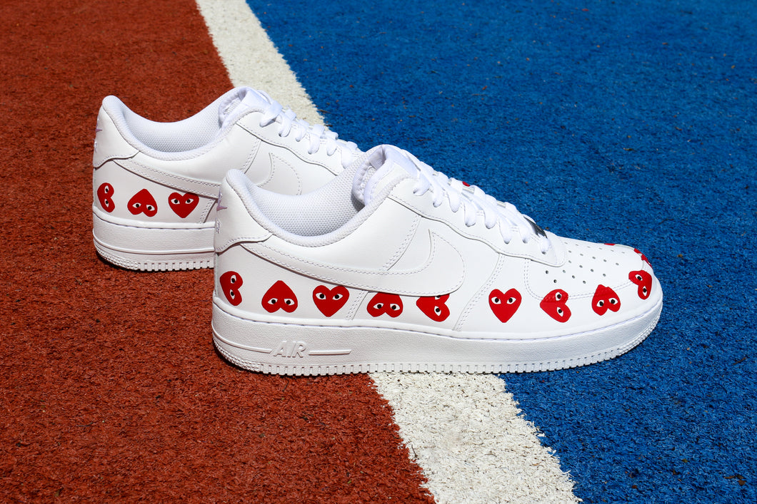 NIKE Air Force 1 '07 Red Hearts