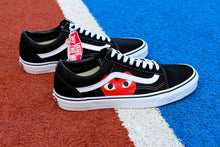 Afbeelding in Gallery-weergave laden, VANS Black Old Skool Red Heart