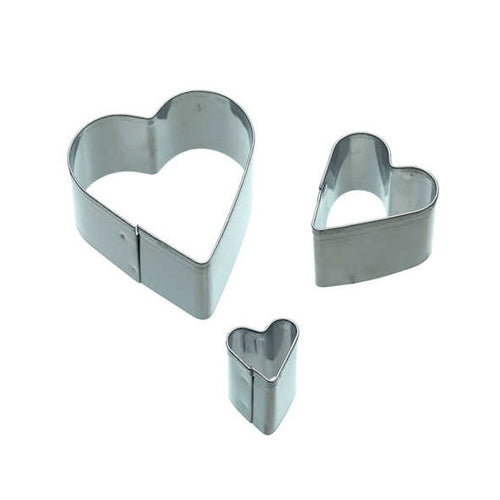 Sweetly Does It Set of 3 Heart Fondant Cutters