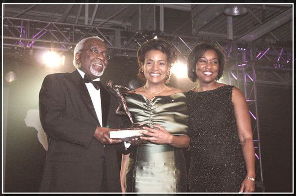 Lieutenant Governor General | Michaelle Jean | Harry Jerome Award | Custom Trophy | BBPA's Premium Award | Bronze | Resin | Runner