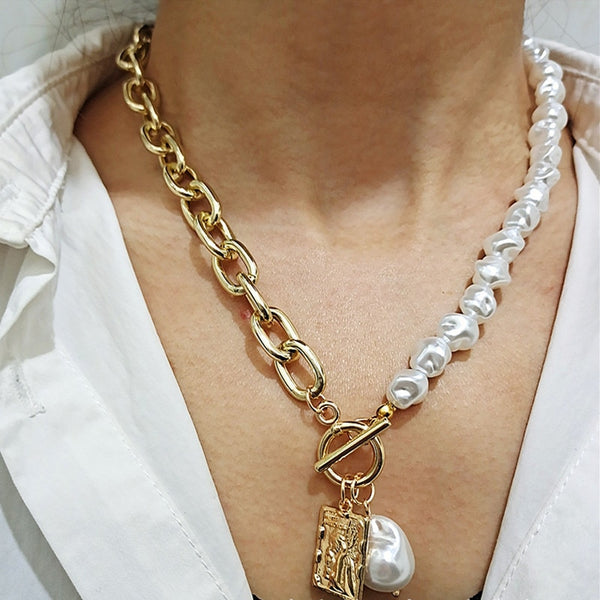 Irregular Pearl Lock Chain Necklace