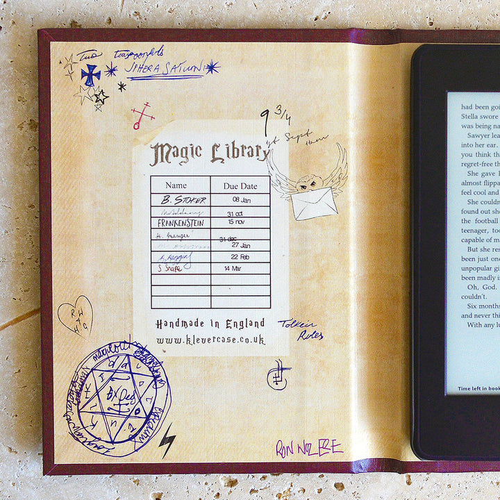 Harry Potter Gryffindor Themed / Kindle Oasis