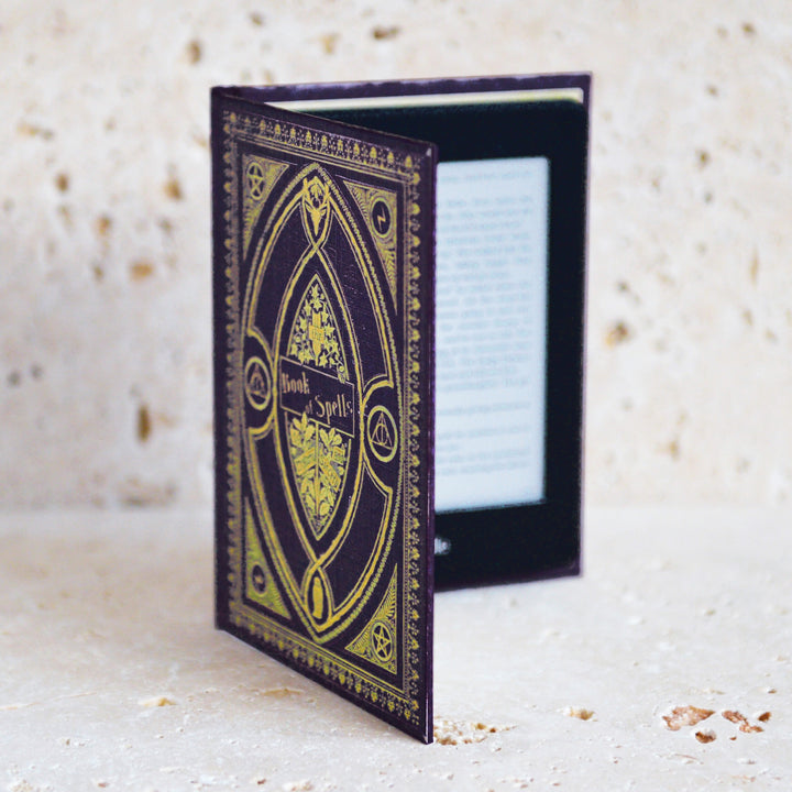 Harry Potter Hufflepuff Themed / Kindle Paperwhite