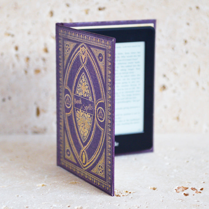 Foldback Magnet Close Case - Purple Book of Spells