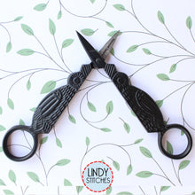 Load image into Gallery viewer, Owl Snips Primitive Embroidery Scissors by Kelmscott Designs