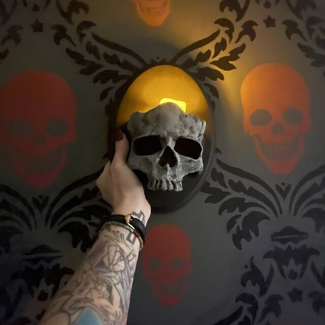 Halloween Decoration Ghost Skull Wall Pendant Candle Holder