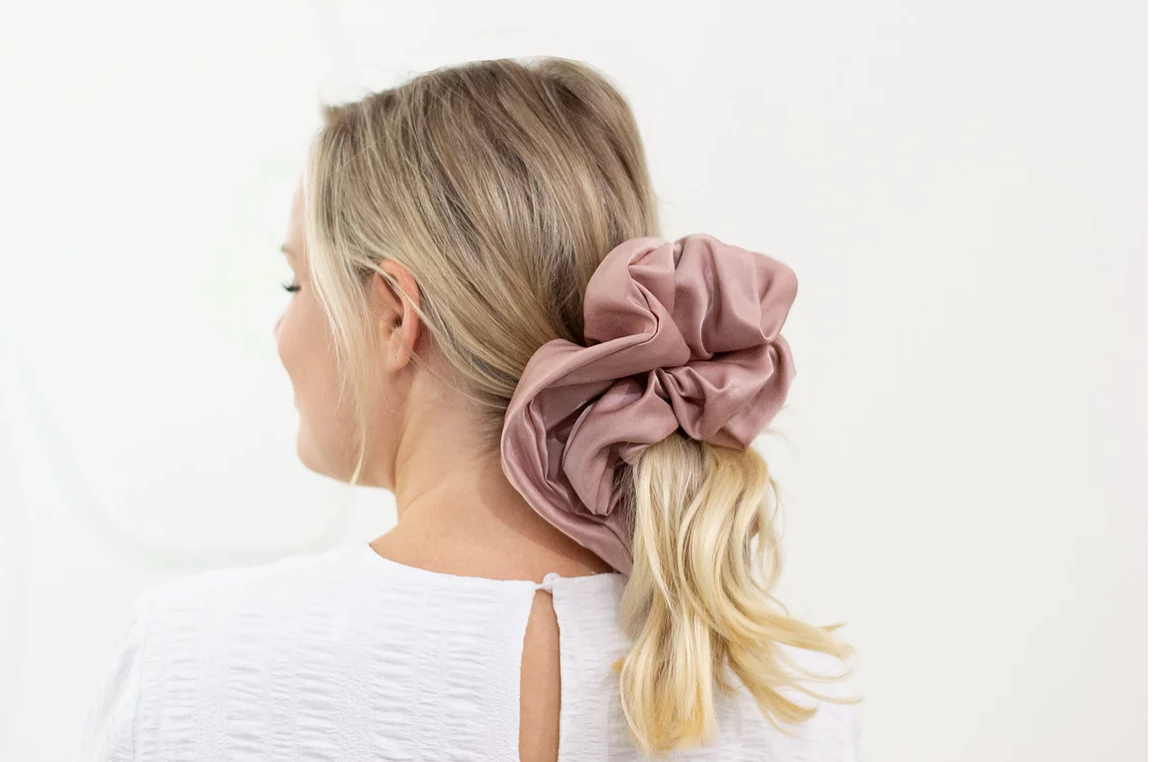Cloud Scrunchie Blush
