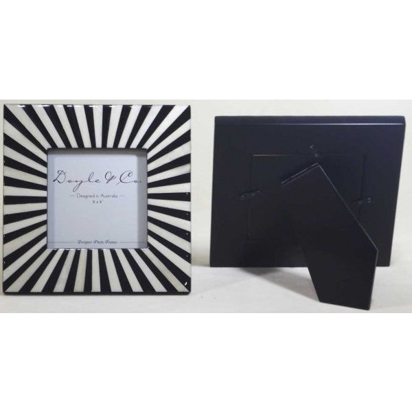 Black & White Radial Frame - Small