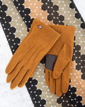 "Load image into Gallery viewer, Echo NY ""Classic Glove"""