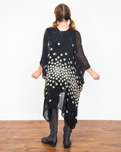 "Load image into Gallery viewer, Vivante by VSA ""Dots on Shaded Ground Kimono"""